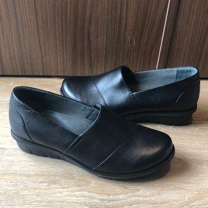 Dansko Julia Black Leather Clogs nursing shoes 40